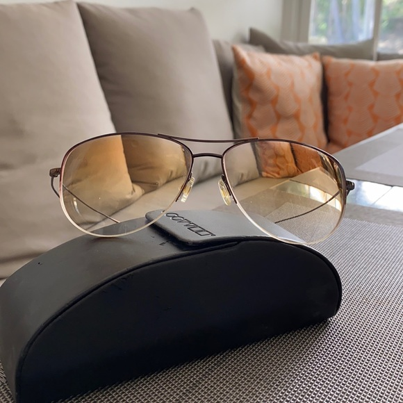 Oliver Peoples ultra lightweight sunglasses w -3.0